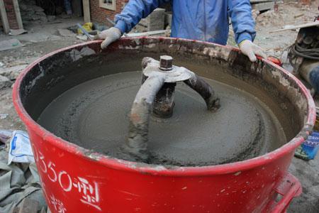 抗渗微晶砂浆搅拌过程