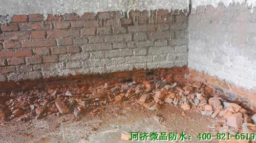 最难的自挖别墅地下室防水防潮却被这样解决了